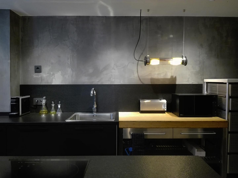 12 Petit apartament Blanes frontal zoom cuina